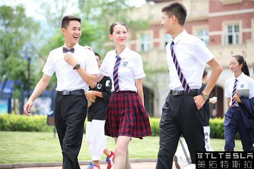 高校校服2