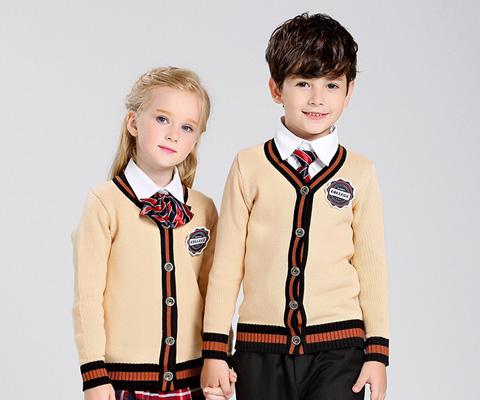 成都幼儿园针织衫校服08